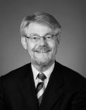 UiO: Institutt for offentlig rett - Erik Boe